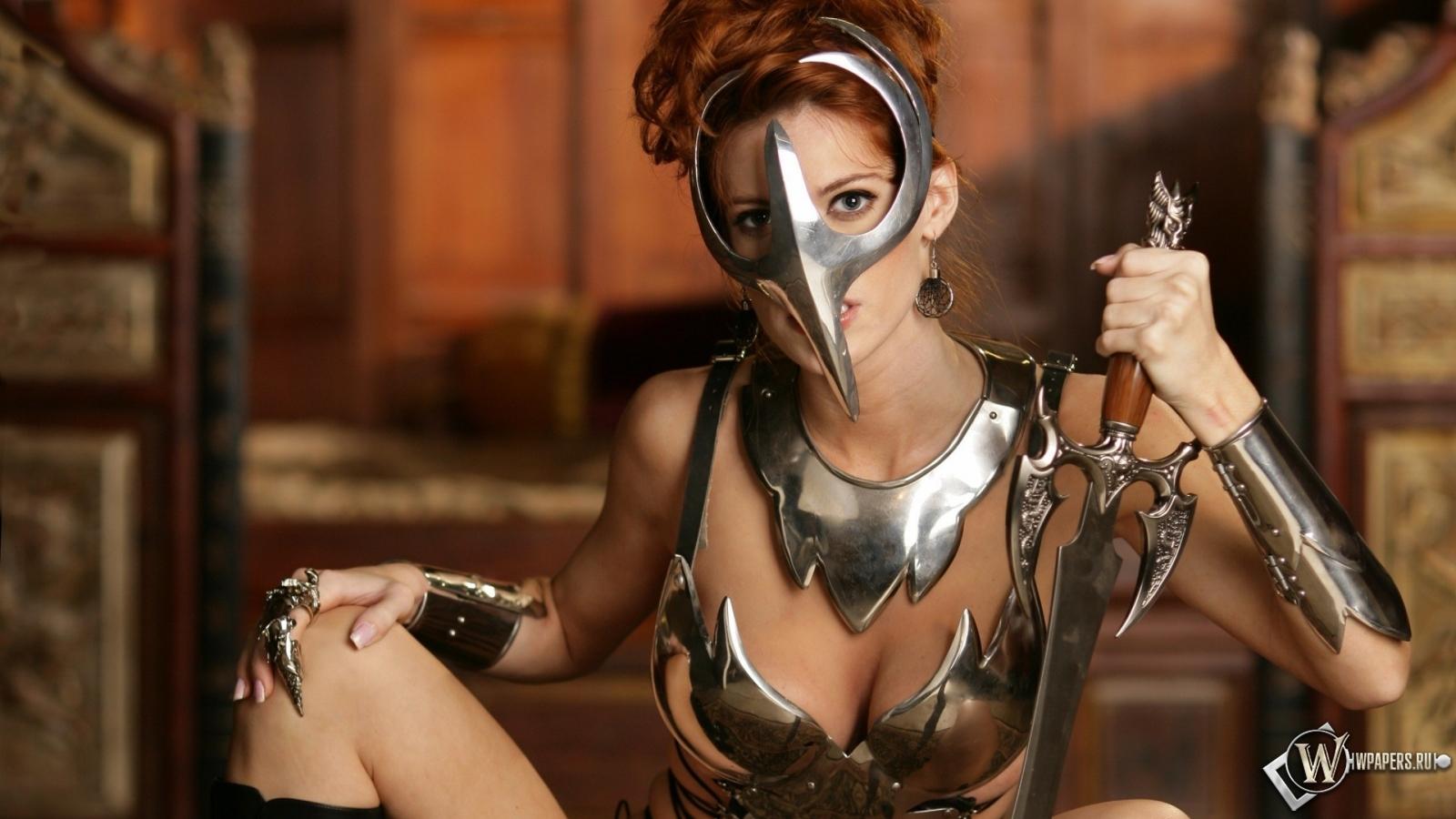 Девушка-воин 1600x900