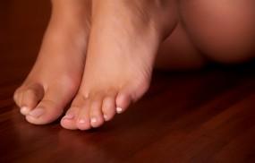 Обои Красивые ножки: Ножки, Макро, Пол, Девушки