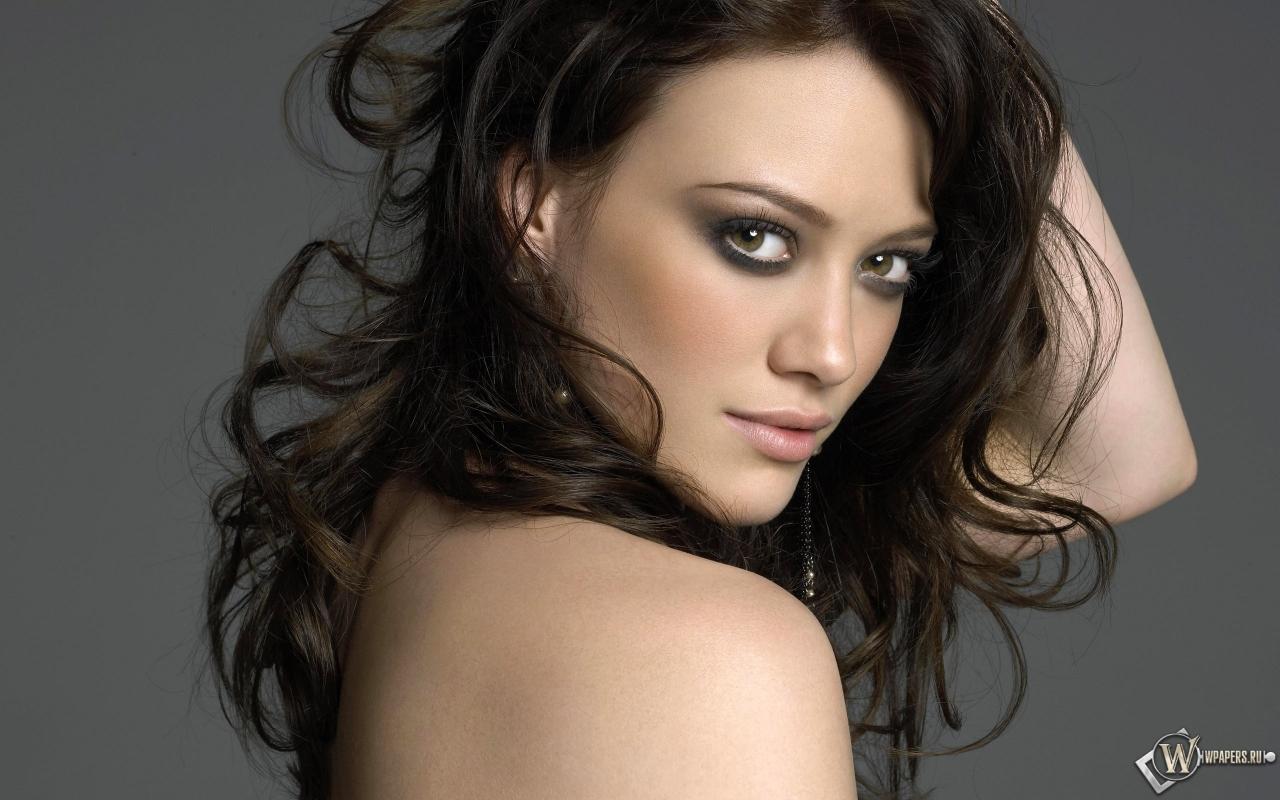 Hilary Duff 1280x800