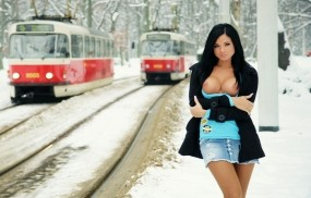 Обои Ashley Bulgari: Зима, Грудь, Девушка, Модель, Девушки