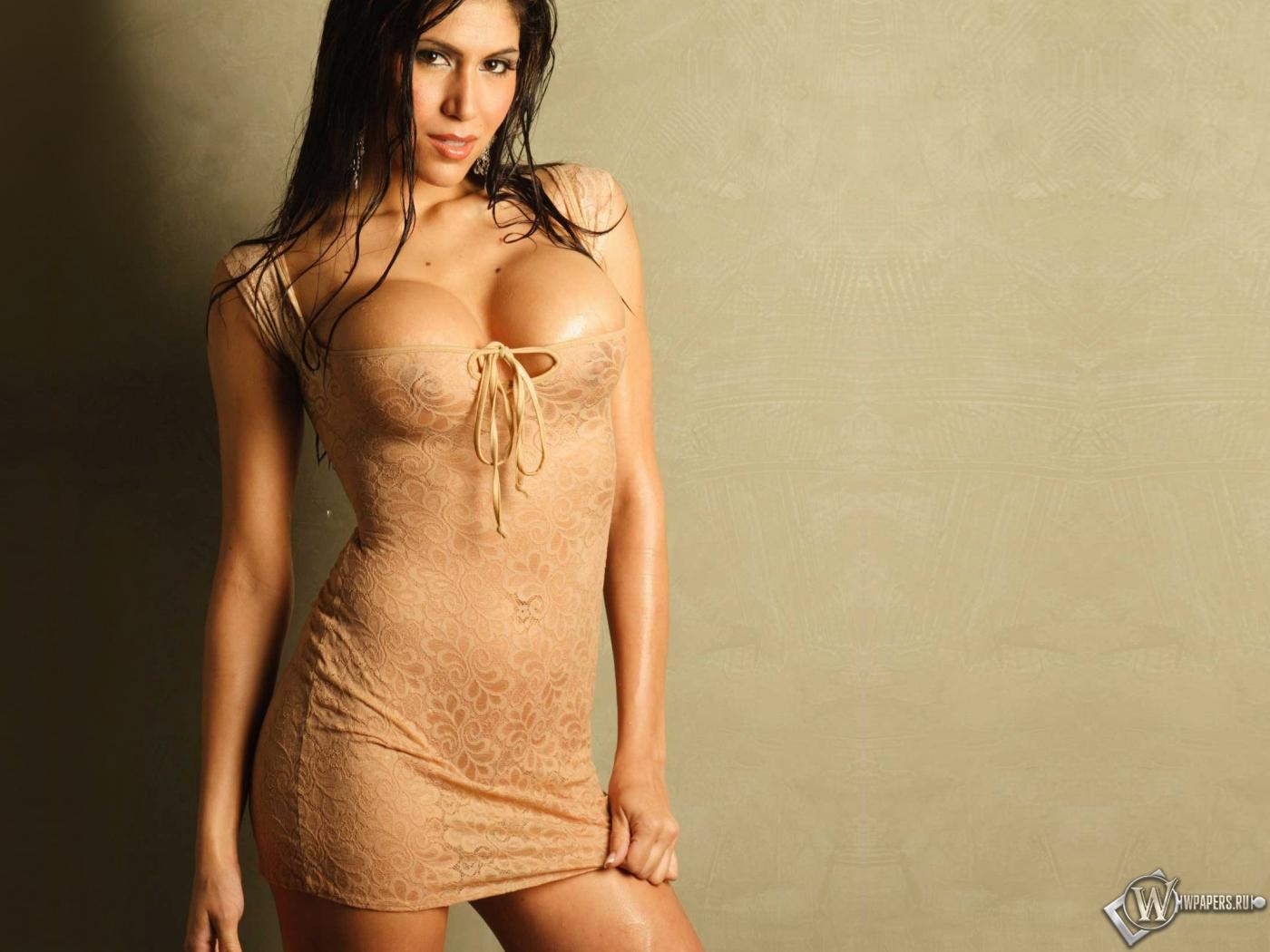 Mary Castro 1400x1050