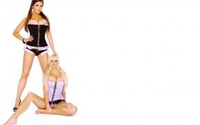 Обои Lucy Pinder Michelle Marsh: Грудь, Девушка, Брюнетка, Блондинка, Девушки