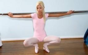 Обои Franziska Facella: Девушка, Балерина, Станок, Девушки