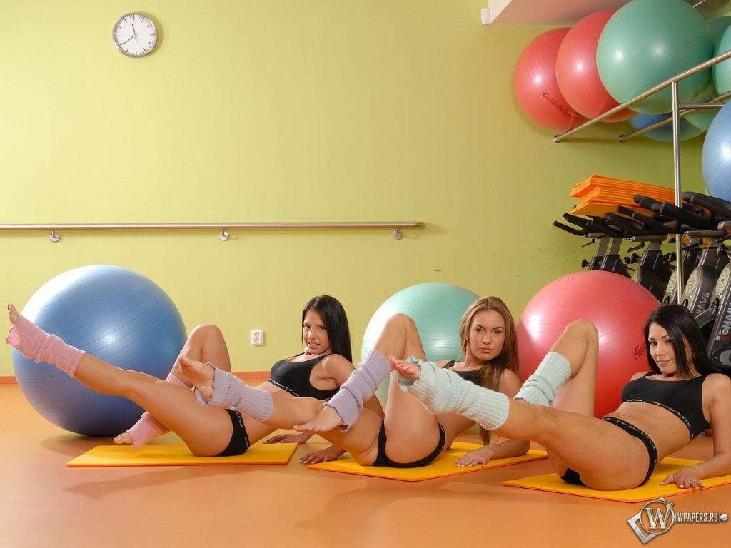 Супер голые девушки и фитнес Частное фото