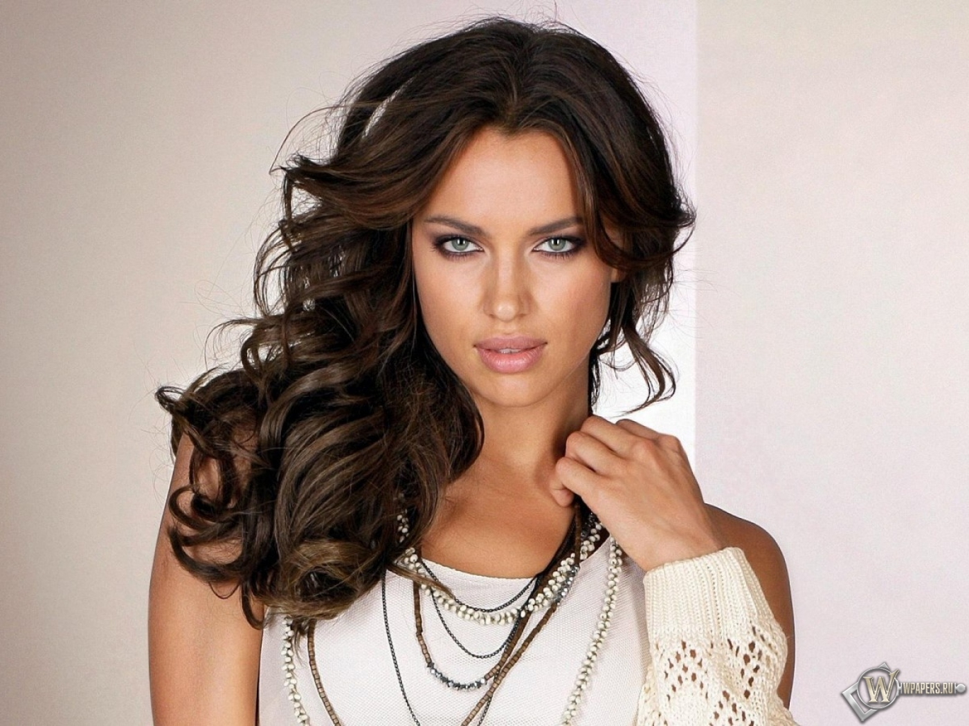 опять фото русских знаменитых девушек моделей этих