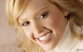 Jessica Alba smile