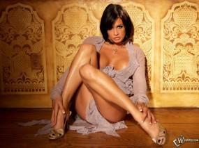 Обои Эротично сидящая девушка (Тори Лейн): Ножки, Взгляд, Секси, Тори Лейн, Tory Lane, Девушки