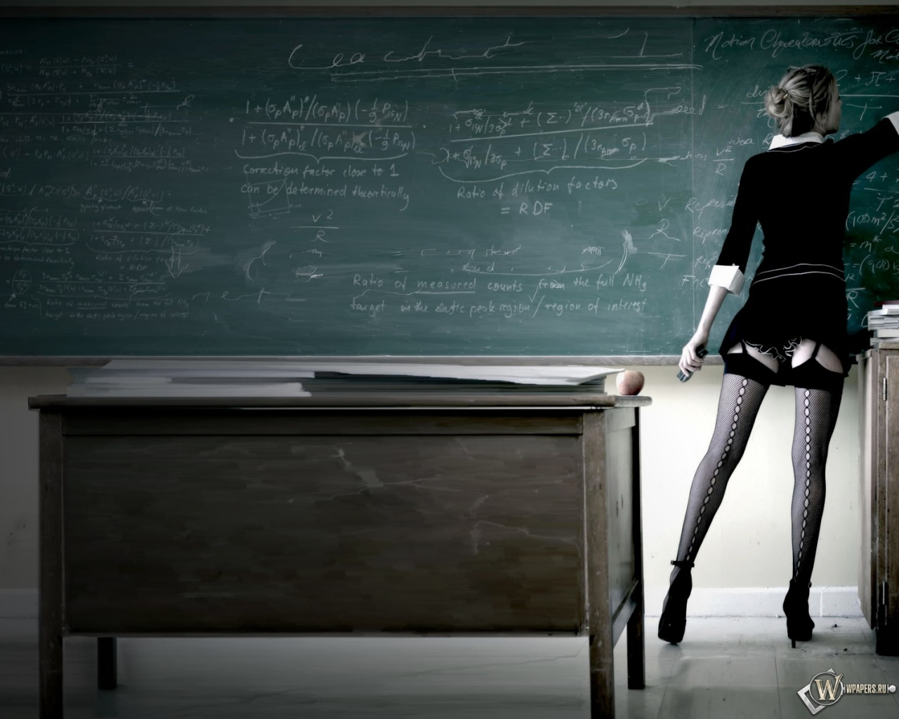 Сексуальная учительница 1280x1024