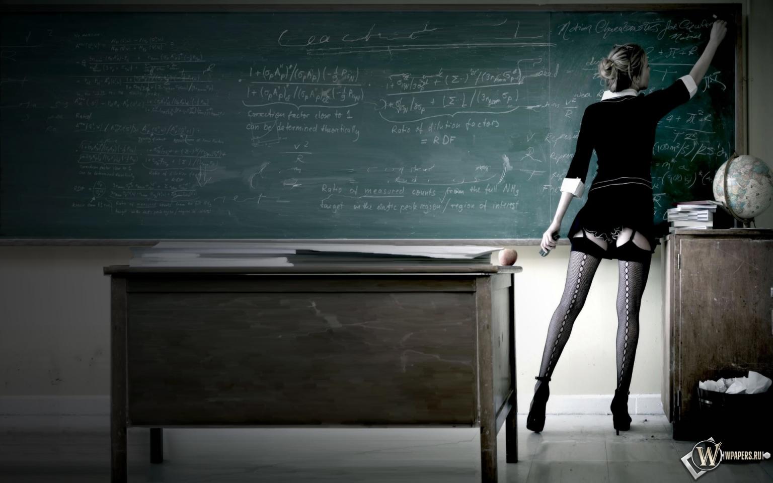 Сексуальная учительница 1536x960