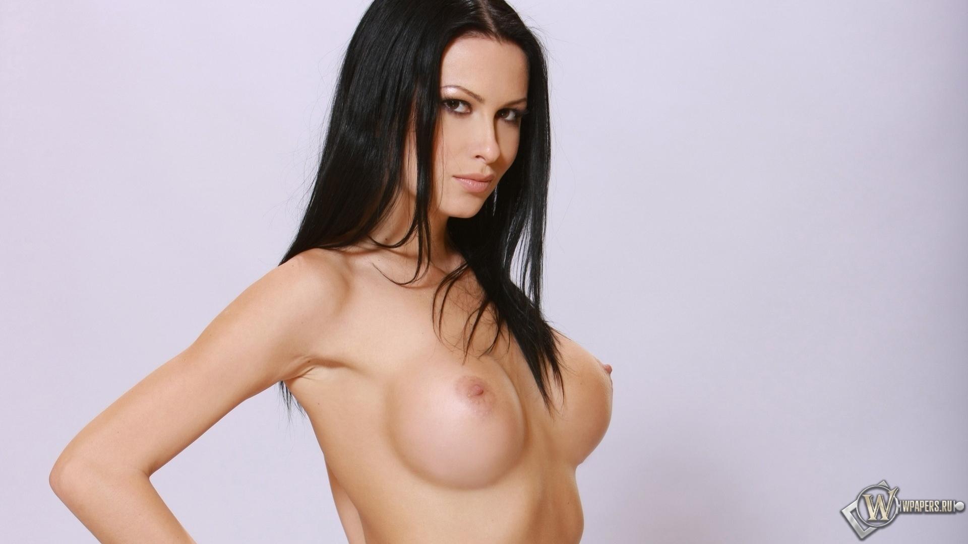 Скачать фото голой грудью фото 590-95