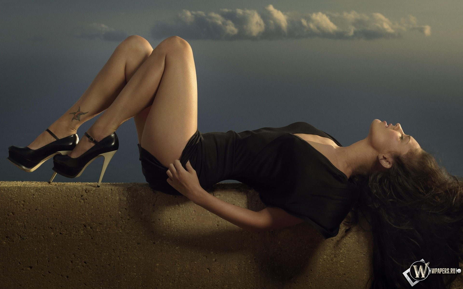 Megan Fox WD 1920x1200