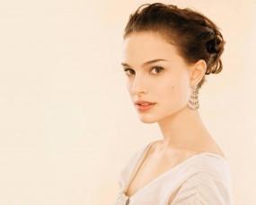 Обои Natalie Portman: Взгляд, Лицо, Натали Портман, Natalie Portman, Natalie Portman