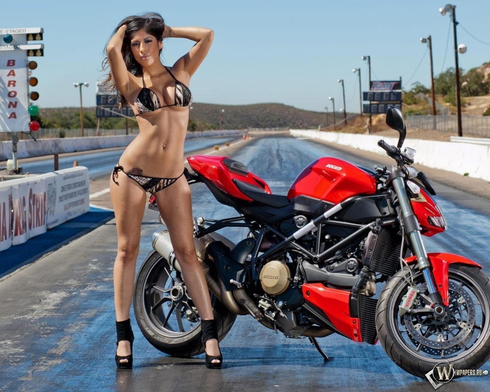 Ducati Streetfighter 1600x1280