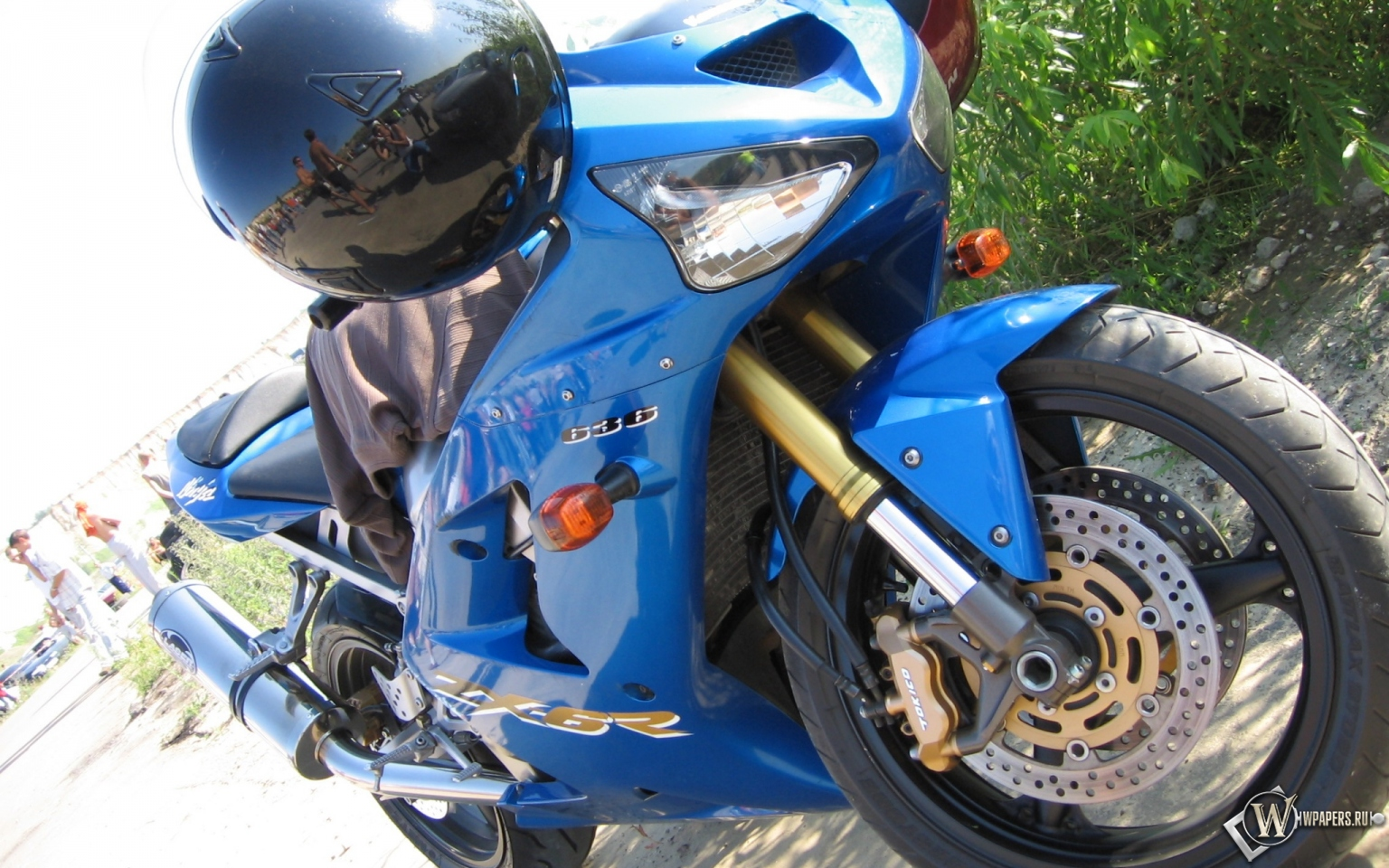 Kawasaki Ninja 1536x960