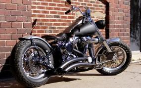 Обои Чёрный Chopper: Стена, Мотоцикл, Chopper, Чоппер, Кирпич, Мотоциклы