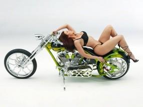 Обои Мотоцикл с девушкой: Мотоциклы с девушками, Мотоциклы