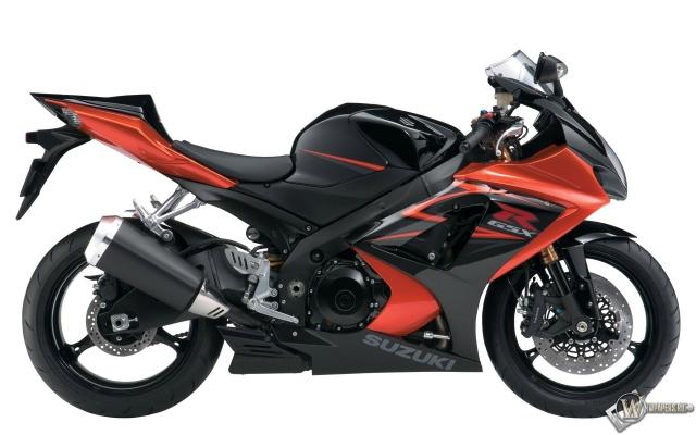 Красный мотоцикл Suzuki