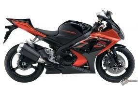 Обои Красный мотоцикл Suzuki: , Suzuki