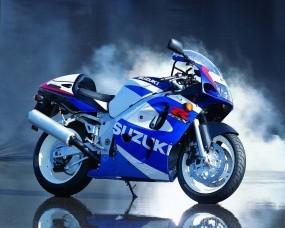 Обои Мотоцикл Suzuki: Мотоцикл, Suzuki, Suzuki