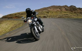 Обои Мотоцикл на трассе: , Yamaha