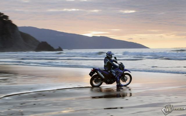 Yamaha на пляже