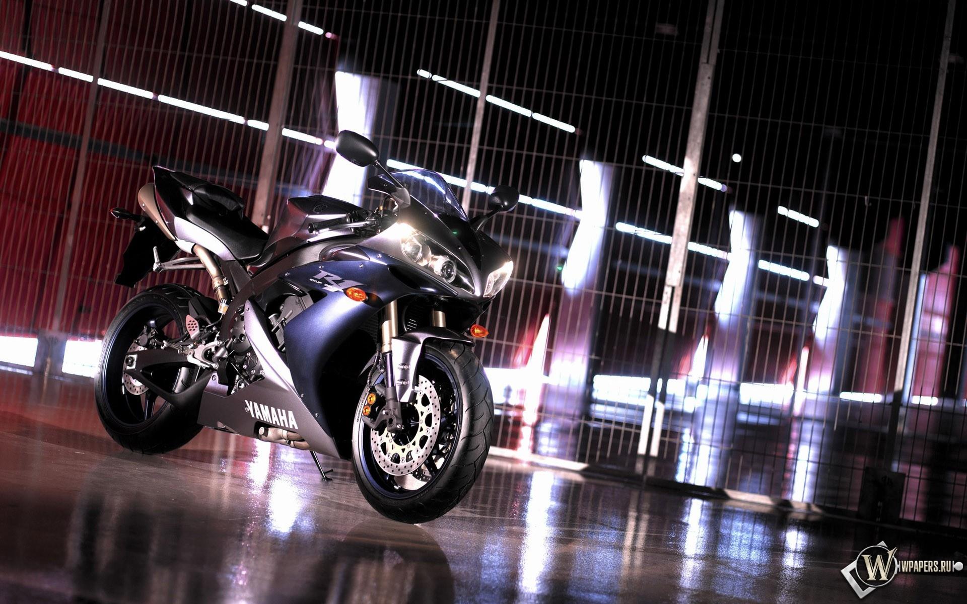 Синяя Yamaha 1920x1200