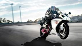 Обои YAMAHA полет: Полёт, Мотоциклы, Yamaha R1, Sports Bike, Yamaha