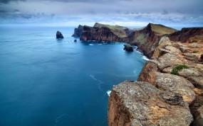 Обои Скалы у океана: Океан, Скалы, Португалия, Природа