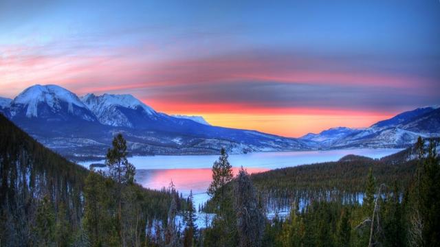 Закатное озеро