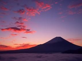 Обои Гора Фудзияма: Облака, Гора, Природа