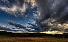 Обои Поле на восходе: Ночь, Восход, Поле, Природа
