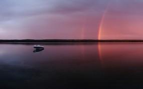 Обои Радуга на закате: Вечер, Озеро, Радуга, Лодка, Природа