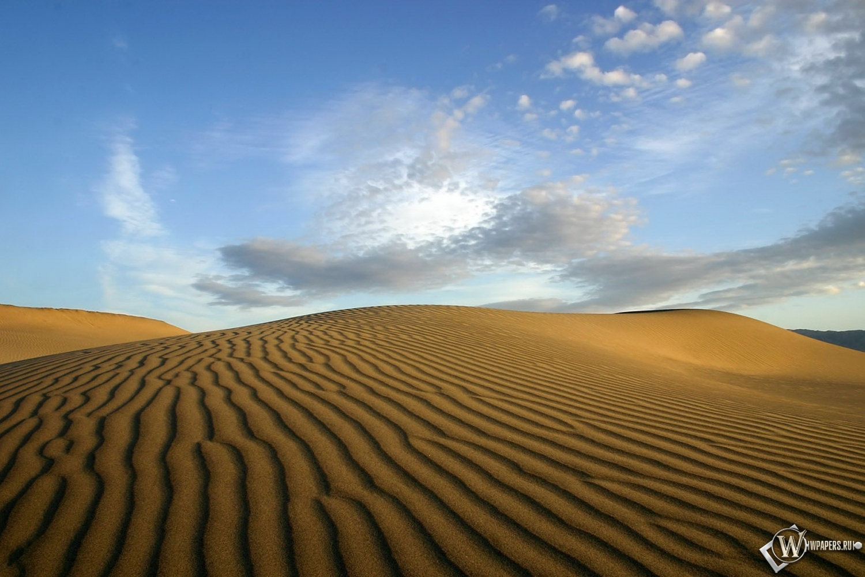 Пустыня 1500x1000