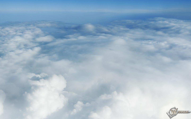 За облаками 1440x900