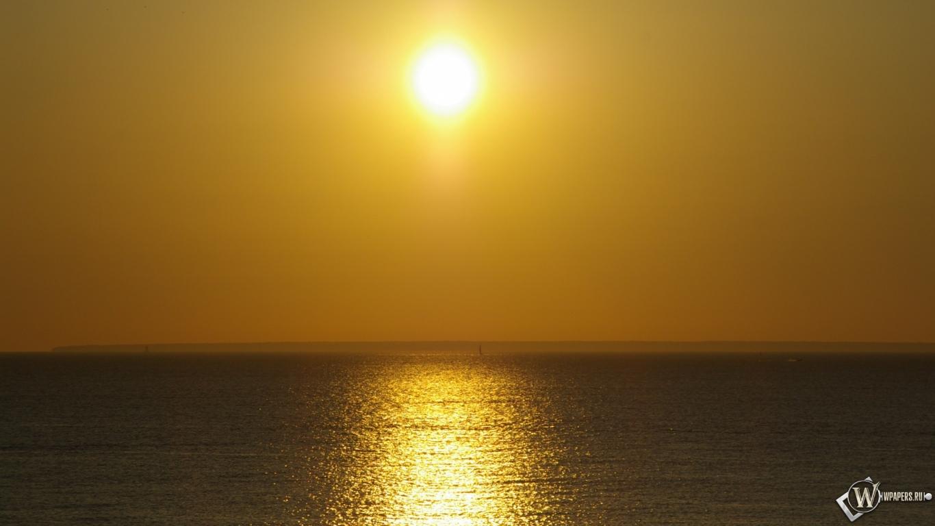 Закат на море 1366x768