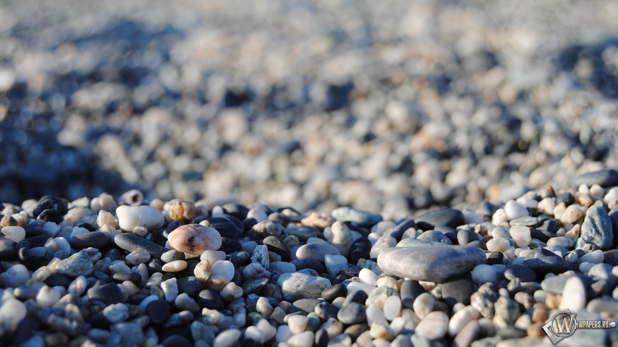 Морская галька 2048x1152