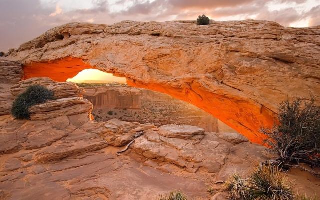 Mesa Arch – Canyonlands National Park