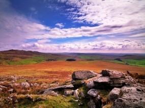 Обои Каменистое поле: Облака, Холмы, Камни, Поле, Небо, Прочие пейзажи