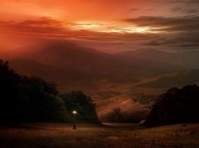 Обои Вечерний пейзаж: Горы, Фонарь, Вода и небо