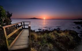 Обои Закат в Новой Зеландии: Вода, Солнце, Закат, Камни, Берег, Прочие пейзажи