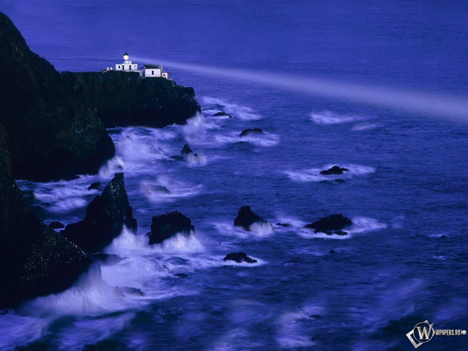 Ночной маяк 1600x1200