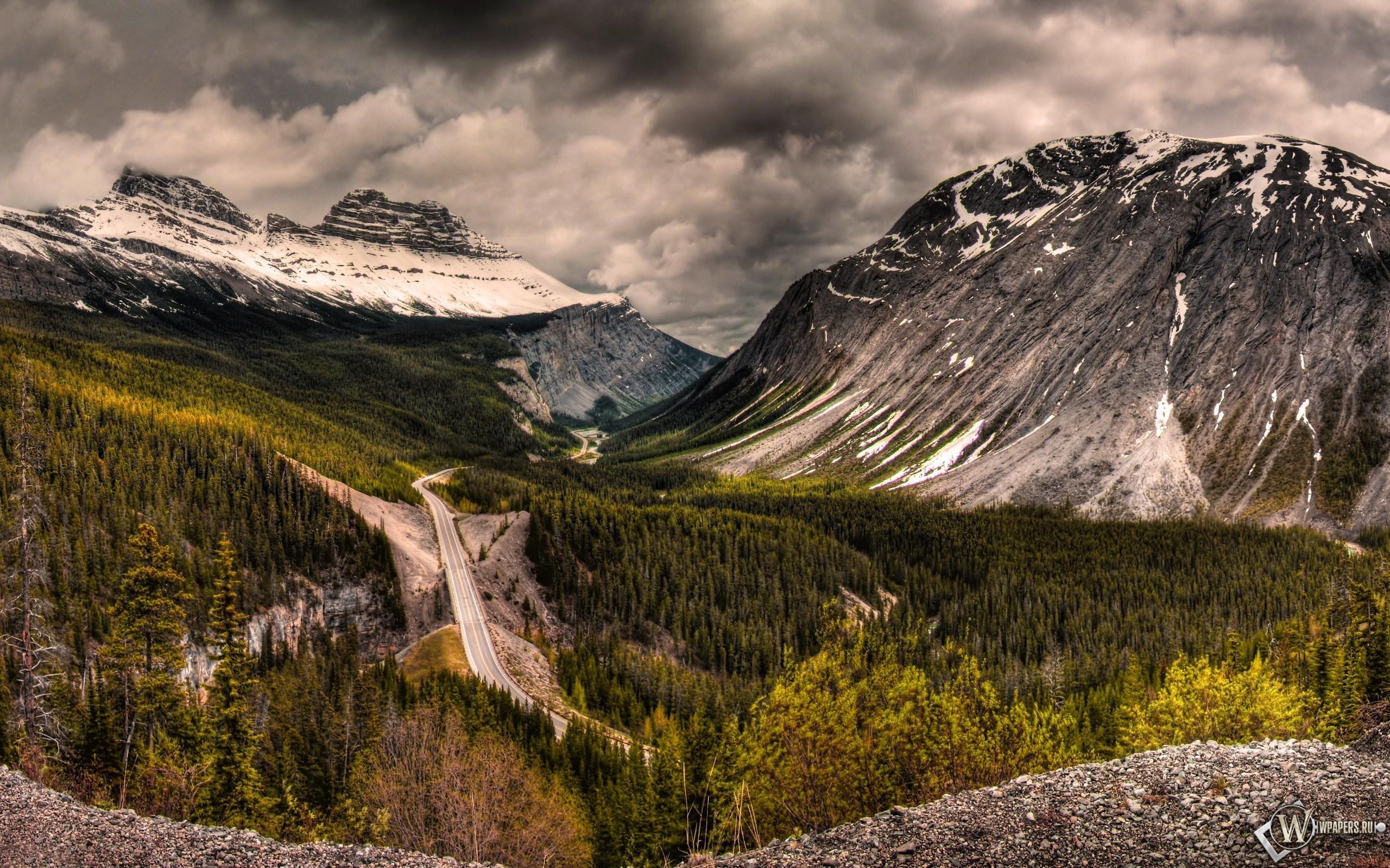 Горная дорога в Канаде 2560x1600