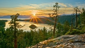 Обои Красивый закат : Деревья, Солнце, Закат, Вода и небо