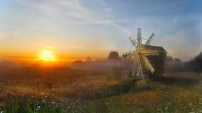 Обои Раннее Утро: Мельница, Солнце, Поле, Утро, Деревня, Прочие пейзажи