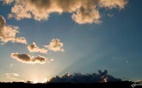 Обои Рассвет: Облака, Лучи солнца, Рассвет, Прочие пейзажи