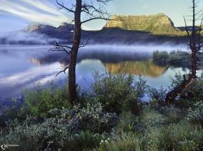 Обои Туман над озером: , Вода и небо