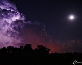 Обои Лунные облака: Облака, Ночь, Луна, Молния, Звёзды, Прочие пейзажи