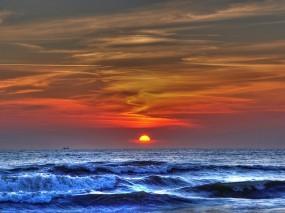 Обои Море на закате: Волны, Море, Закат, Прочие пейзажи