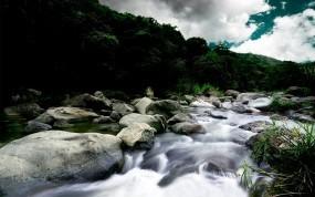 Обои Горная река: Облака, Река, Камни, Течение, Горы