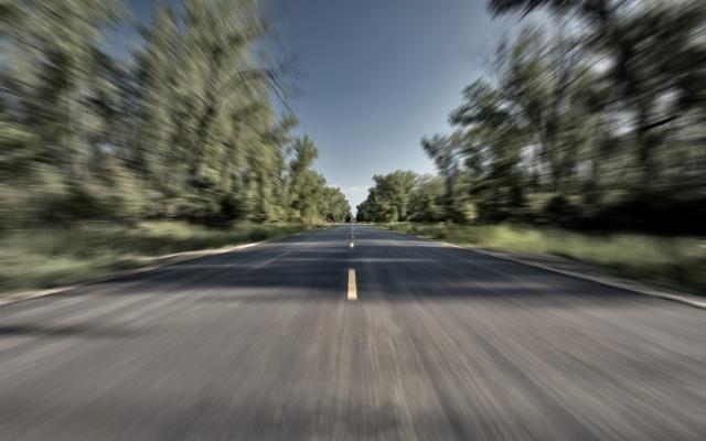 Разгон на дороге